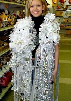 More Big Ole Texas Homecoming Mums - Homecoming mums are a unique part of our Texas heritage! The Domestic Curator #homecomingmums #Texas #highschool #spirit #football #tradition