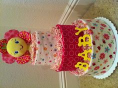 """""""Girlie"""" babicake (diaper cake) My sister's diapercakes! Check out her easy page!"""