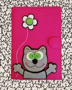 Notebook Linhas A5 Diy Notebook Cover, Felt Keychain, Felt Pouch, Felt Cover, Diy Wallet, Felt Mobile, Pencil Toppers, Diy Phone Case, Felt Hearts
