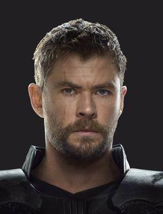 Chris Hemsworth Thor, Avengers Characters, Marvel Actors, Thor Halloween, Avengers Drawings, Best Avenger, Black Panther Art, Tony Stark, Chris Evans