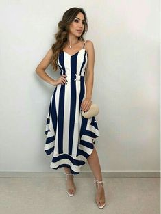 Vestido Midi: Descubra looks perfeitos para arrasar nas festas e no dia a dia! Para que vea lo que dejó escapar. Fall Fashion Outfits, Mode Outfits, Dress Outfits, Autumn Fashion, Fashion Dresses, Elegant Dresses, Cute Dresses, Casual Dresses, Short Dresses