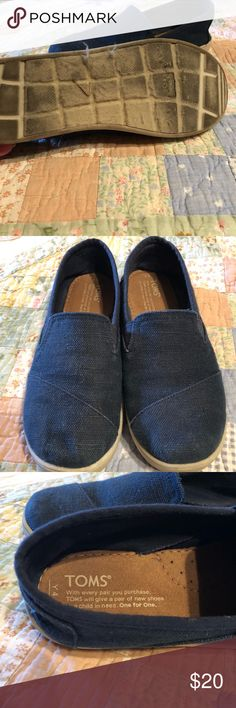 Youth Toms Navy with just a little wear.  These youth Toms are in great shape.  She just out grew them before she could wear them out! Toms Shoes Sneakers