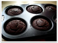 Suklaamuffinsit :: reseptit :: karppaus.info Best Low Carb Recipes, Healthy Cooking, Muffin, Training, Breakfast, Clothes, Food, Morning Coffee, Outfits