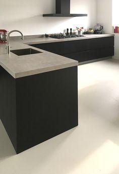 Keuken met zwart eiken - Ad van Houdt Grey Kitchen Designs, Kitchen Room Design, Home Room Design, Modern Kitchen Design, Home Decor Kitchen, Kitchen Interior, Home Kitchens, Home Building Design, Concrete Kitchen