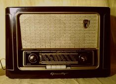 my favoruite lists Good Old Times, The Good Old Days, Radios, Nostalgia, Radio Antigua, Antique Radio, East Germany, Tv, Old Ads