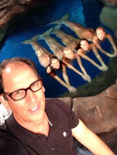 Mako Mermaids (Spoiler Alert!!!) Moon Pool selfie with @ufojmsp @Gemma Forsyth @IsabelDurant1 @Allie Bertram @AmyRuffle1