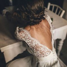 love the deep back, and beautiful lace