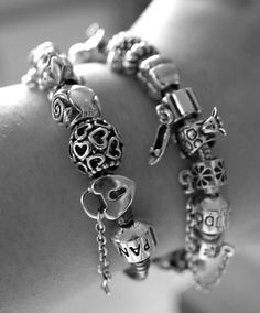 I <3 Pandora! I love that you can personalize bracelets with charms for meaningful life events.