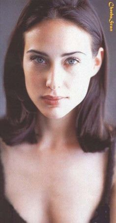 Home | Actress | Claire Forlani >>>