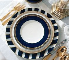 navy + gold seriously I want gold flatware