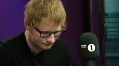 """Ed Sheeran hát live cuốn hút     Ed Sheeran vừa """"bật mí"""" chuyện giảm cân với người hâm mộ  Mới đây, khi tham gia chương trình phát thanh """"Total access"""" của kênh Signal 1, chàng ca sĩ tài năng Ed Sheeran đã khiến rất nhiều fan hâm mộ cảm thấy bất ngờ khi thẳng thắn """"bật mí"""" về vấn đề cân nặng....  http://cogiao.us/2017/01/11/duoc-ban-gai-chi-bao-nam-ca-si-9x-ep-can-thanh-cong/"""