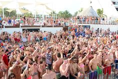 THE best place for #SpringBreak2014 Oasis Cancun