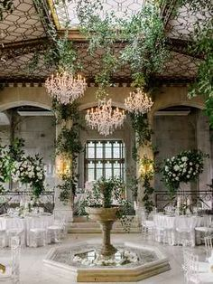 The Knot Dream Wedding couple Elena Delle Donne and Amanda Clifton are married! See photos and details from their wedding right here. Wedding 2017, Chic Wedding, Wedding Couples, Perfect Wedding, Dream Wedding, Beautiful Wedding Venues, Hempstead House, Greenhouse Wedding, Bouquet