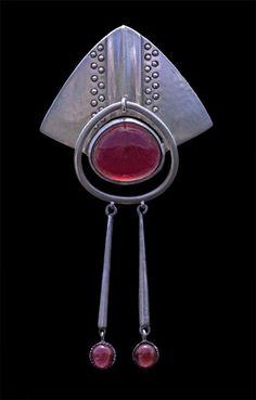 Alfred Bernheim for Theodore Fahrner - jugendstil silver & garnet brooch