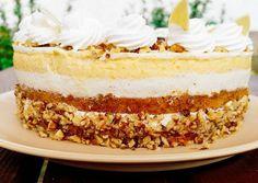 Blueberry and almond cake - HQ Recipes My Favorite Food, Favorite Recipes, Poppy Cake, Yogurt Cake, Mousse Cake, Almond Cakes, Cake Pans, Cakes And More, Vanilla Cake