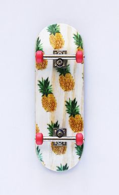pineapple skateboard.