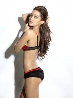 Melanie Iglesias on actressbrasize.com http://actressbrasize.com/2014/06/05/melanie-iglesias-bra-size-body-measurements/