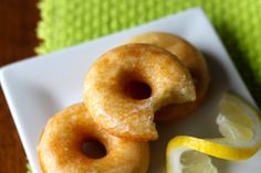 Apparently I am on a bit of a lemon kick these days. It all started with these Lemon Oatmeal Creme bars . Mini Donuts, Baked Donuts, Doughnuts, Breakfast Snacks, Breakfast Recipes, Dessert Recipes, Yummy Recipes, Mini Desserts, Just Desserts