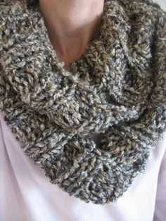 """free knitting pattern for chunky infinity scarves   For a scarf that is about 80"""" around and 8 inches wide you will need:"""