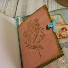 Hand bound photo album with handmade por SevenMemoriesBookArt