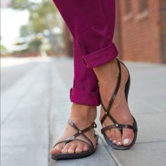 2a4f95fd87fcf Pretty and flirty open toe Crocs sandals Pretty and comfortable chocolate  brown Crocs sandals! They