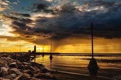 The beautiful sunset at lighthouse Grótta in Seltjarnarnes! :)