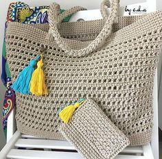 Aprenda Como Fazer Uma Bolsa de Crochê Com Fio de Malha! Gilet Crochet, Free Crochet Bag, Crochet Market Bag, Crochet Tote, Crochet Handbags, Crochet Purses, Crochet Baby, Knit Crochet, Knitting Patterns