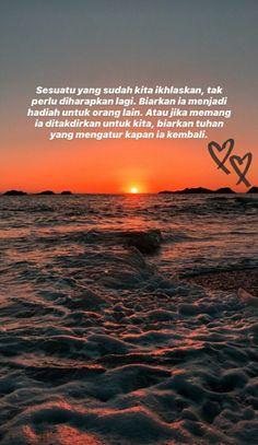 Quotes Rindu, Self Quotes, Qoutes, Love Quotes, Cute Relationship Texts, Cute Relationships, Life Quotes Wallpaper, Reminder Quotes, Sad Girl