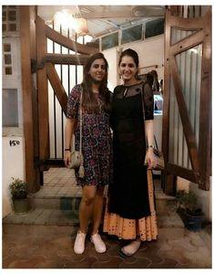 Simple Kurta Designs, Stylish Dress Designs, Kurta Designs Women, Designs For Dresses, New Kurti Designs, Blouse Designs, Casual Indian Fashion, Indian Fashion Dresses, Dress Indian Style