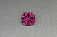 Rhodolite Garnet: 3.44ct Red Round Shape Gemstone by MJGEMSTONES