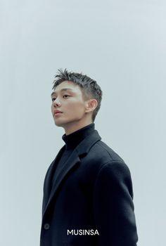 Drama Korea, Korean Drama, Asian Actors, Korean Actors, Yoo Ah In, Korean Wave, Famous Men, Online Fashion Stores, Haircuts For Men