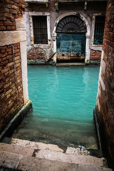 Turquoise Canal, Venice, Italy, I never pictured the canals being this color.  I wonder are they all this blue?
