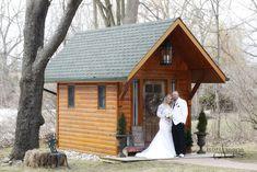 Winter Wonderland Wedding, Chapel Wedding, Christmas Themes, Christmas Wedding, Cabin, Weddings, House Styles, Home Decor, Homemade Home Decor