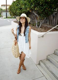 Awesome Summer Outfits To Beat The Summer Heat summer outfits Light Hat + Denim Vest + White Dre Jean Vest Outfits, Vest Outfits For Women, Casual Summer Outfits For Women, Outfits With Hats, Mode Outfits, Spring Outfits, Clothes For Women, Western Outfits, City Chic