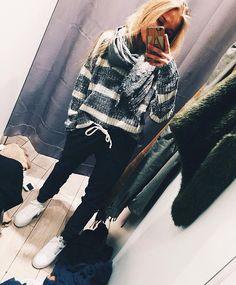 casual date outfit Date Outfit Casual, Casual Outfits, Cute Outfits, Fashion Outfits, Fasion, Outfit Invierno, Winter Looks, Winter Style, Sweater Weather