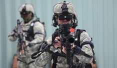 Solider training with virtual reality gear