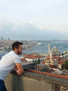 Istanbul is wonderful city.