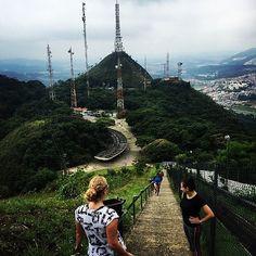 Pico do Jaraguá. | 10 passeios em SP que provam que a natureza está mais perto do que você imagina