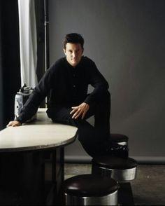 "Friends Matthew Perry as ""Chandler Bing"" David Schwimmer, Matthew Perry, Chandler Bing, Comedy Tv, Friends Show, Daydream, Tv Shows, Celebrities, Fictional Characters"