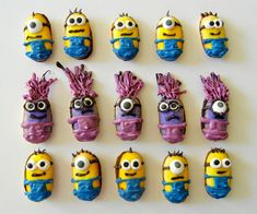 No-Bake Minion Cookies- how cute! Great for birth =day parties or just because!