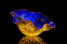 Dale Chihuly | Victoria Blue Macchia with Geranium Lip Wrap 2012
