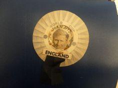 1966 ENGLAND WORLD CUP MANCHESTER UNITED ROSETTE BOBBY CHARLTON
