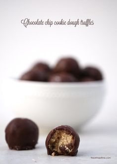 No-bake chocolate chip cookie dough truffles made with no eggs. Love these!  #dessert #recipes