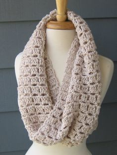 PATTERN 075 - ELLIE Cowl .. Crochet .. Digital Download