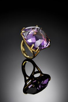 The stunning rings of Darby Scott