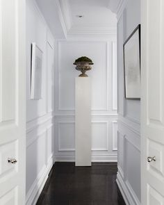 Help For A Long Boring Hallway {and what not to do} - laurel home: a panel above the wainscoting which is very pretty and helps break up the wall nicely. Interior Windows, Interior And Exterior, Interior Colors, Flur Design, Hotel Corridor, Long Hallway, Upstairs Hallway, White Hallway, Wall Trim