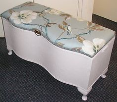 Beautiful-Vintage-Loom-Wicker-Ottoman-Storage-Blanket-Box-Chest-Trunk Retro Furniture, Recycled Furniture, Painted Furniture, Blanket Box Makeover, Wicker Ottoman, Japanese Bedroom, Master Bedroom Redo, Ottoman Storage, Trunks And Chests
