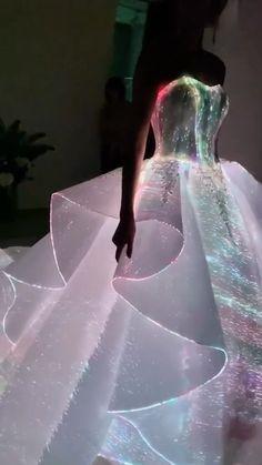Pretty Prom Dresses, Dream Wedding Dresses, Wedding Gowns, Quince Dresses, Cute Wedding Ideas, Wedding Dress Sleeves, Ball Gown Dresses, Mermaid Dresses, Quinceanera Dresses