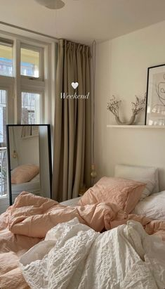 Room Ideas Bedroom, Bedroom Decor, Aesthetic Room Decor, Beige Aesthetic, Aesthetic Fashion, Cozy Room, Dream Rooms, My New Room, House Rooms