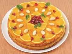 Даже во время Великого поста на праздничном столе должны быть разнообразные и вкусные блюда. Думаете торт без добавления в тесто яиц и молочных продуктов – это выдумка?! А вот и нет! Мы подобрали лучший рецепт постного торта, который был приготовлен шеф-поваром со стажем Ларисой Кавун.  Готовьте и радуйте своих родных вкусными блюдами!